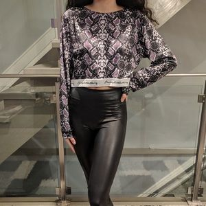 Pretty Little Thing Cropped Long Sleeve Top